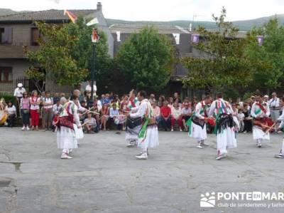 Majaelrayo - Pueblos arquitectura negra - Fiesta de los danzantes, Santo Niño; visitas por madrid